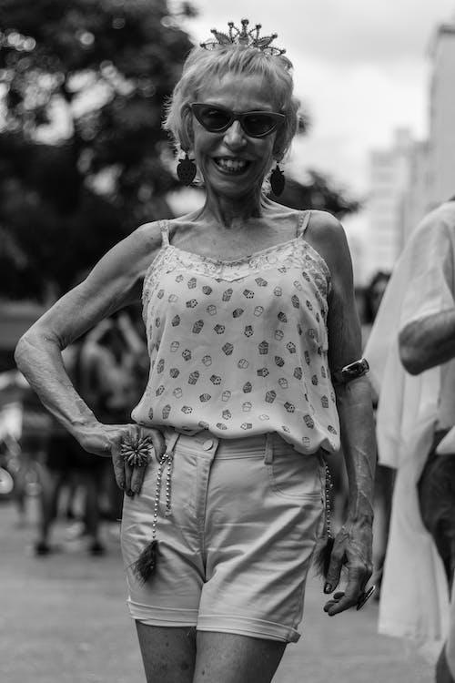 Foto d'estoc gratuïta de Administració, adult, carrer