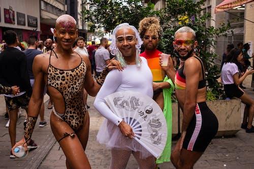 Foto d'estoc gratuïta de ballant, carrer, carrera (competició)