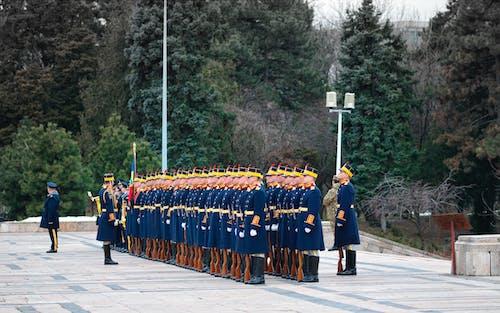 Бесплатное стоковое фото с армия, Взрослый, военная форма, военный