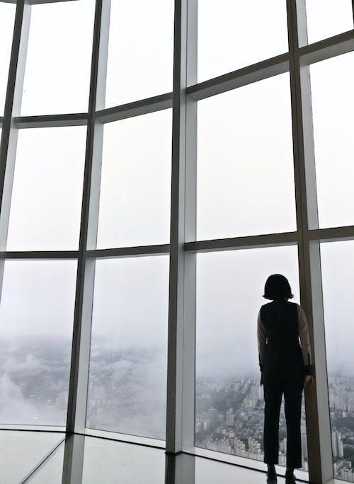 Kostnadsfri bild av arkitektonisk design, dagsljus, fönster, glas