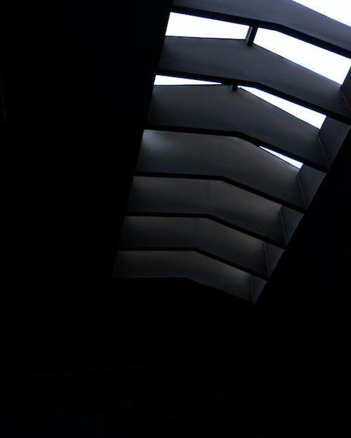 Gratis stockfoto met architectuur, designen, donker, kleuren