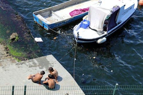 Immagine gratuita di acqua, bambino, barca