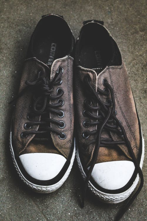 Free stock photo of casuals, converse all star, dirt