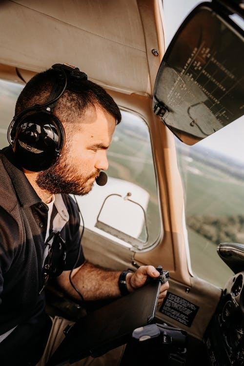 Immagine gratuita di adulto, aeroplano, autista