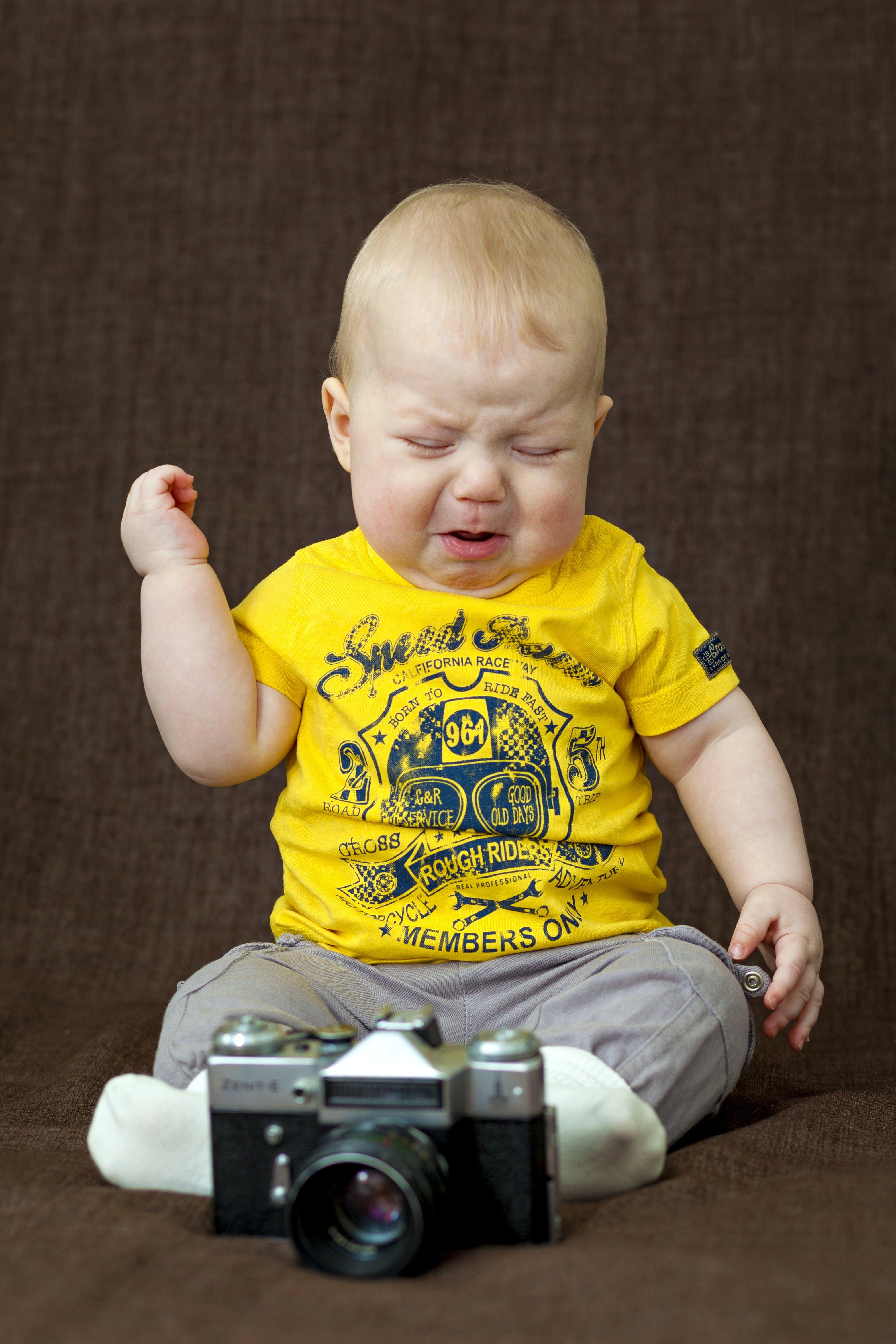 Free stock photo of analog camera, baby, cameraman, cry
