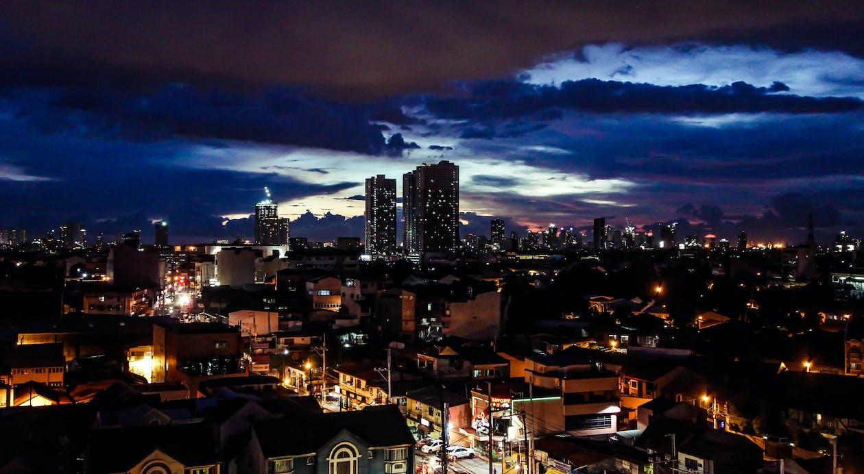 กลางคืน, ตอนเย็น, ตะวันลับฟ้า