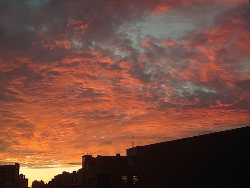 下拉, 城市, 天空 的 免费素材图片