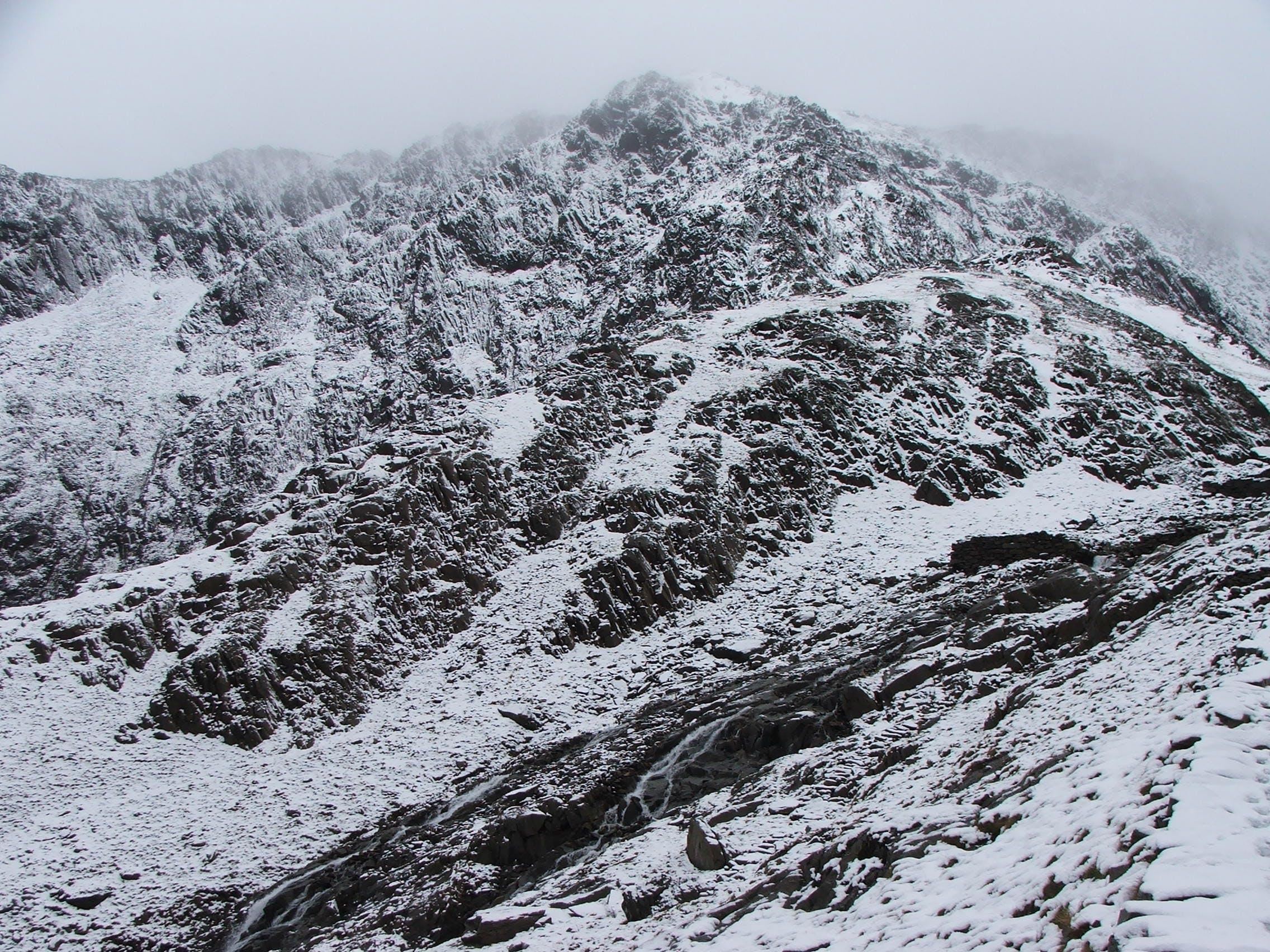 ασπρόμαυρο, βουνό, βράχια