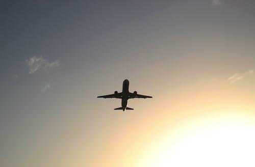 akşam, araç, askeri, avion içeren Ücretsiz stok fotoğraf
