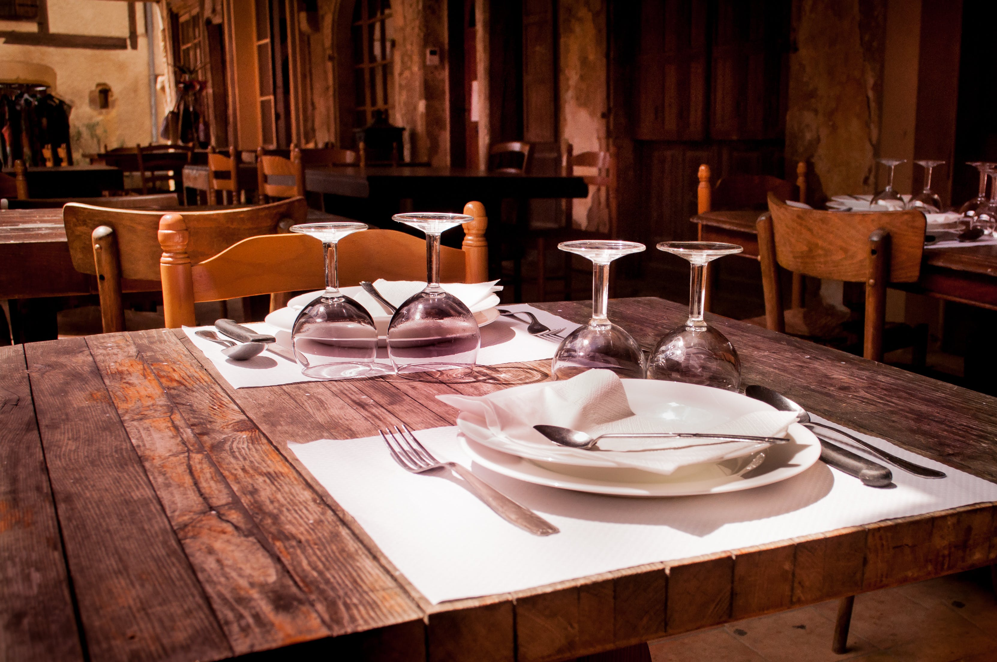 Fine Dining Table Ware