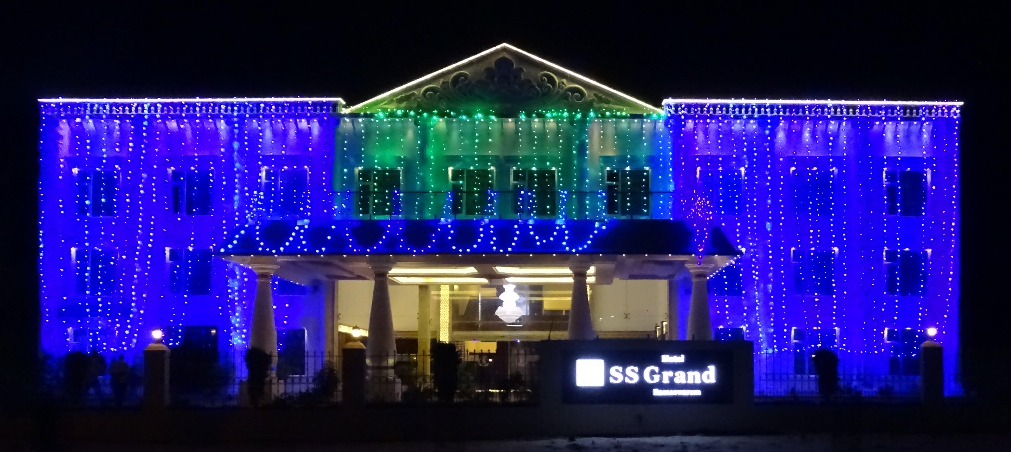 Free stock photo of anniversary, hotel, lights, night