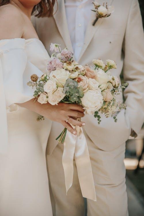 Бесплатное стоковое фото с брак, букет, в помещении