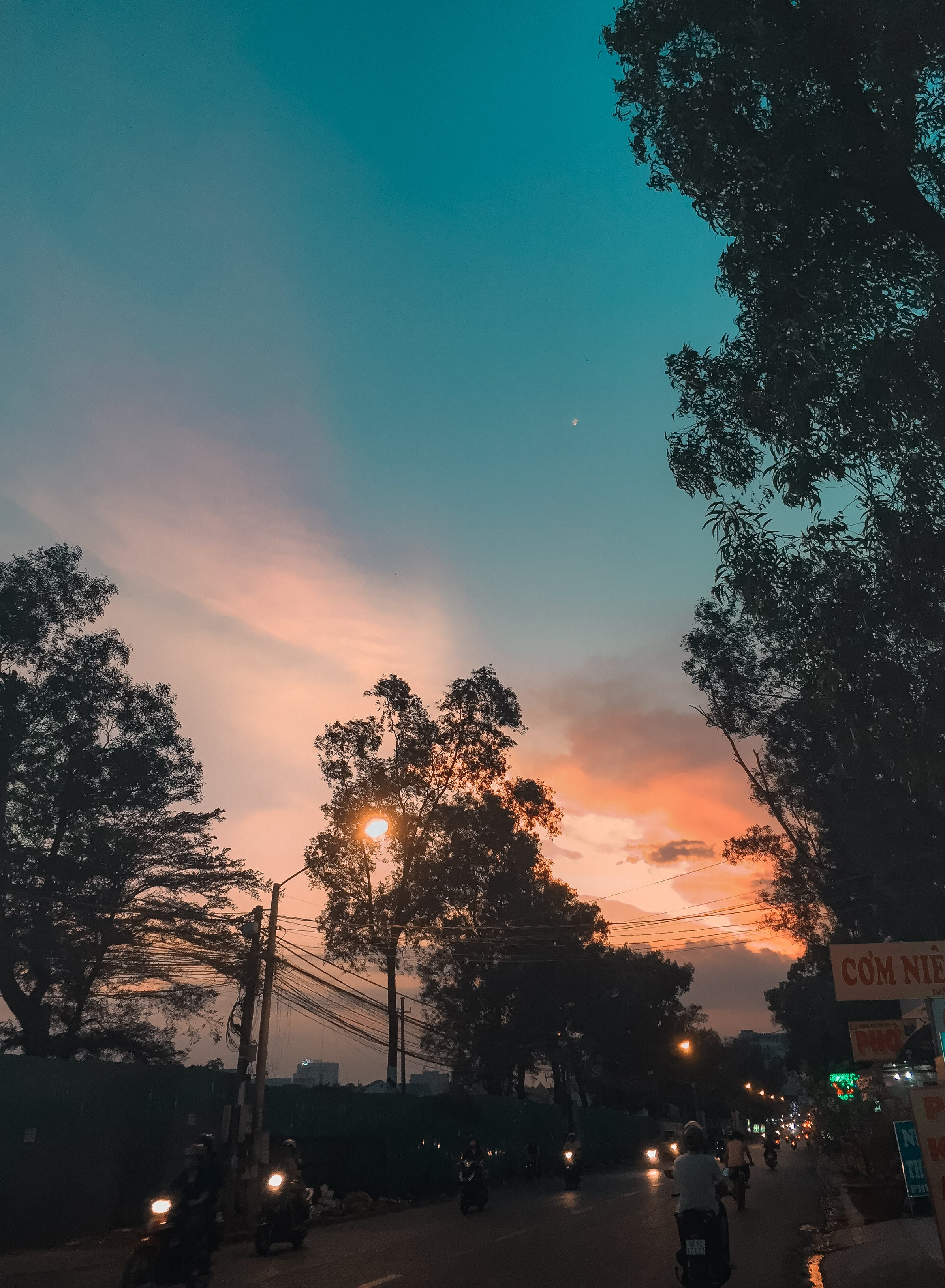 Free stock photo of sunset, street, iphone, vietnam