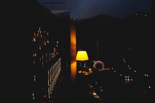 Foto d'estoc gratuïta de brillant, ciutat, clareja, fosc