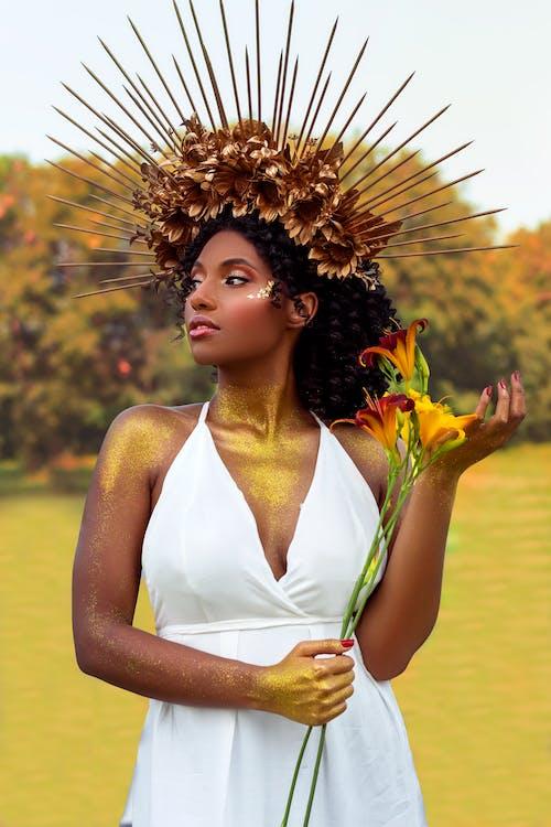 Photos gratuites de adulte, belle femme, cheveux noirs
