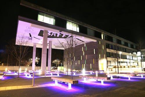 Imagine de stoc gratuită din arhitectură modernă, artă stradală, instituție de învățământ, lumini