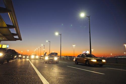 Photos gratuites de aéroport, circulation, coucher de soleil, lampe
