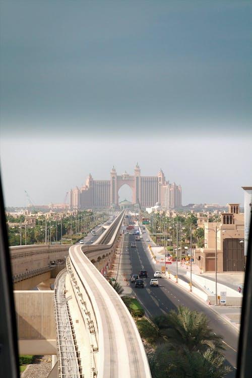 Dubaj, elektrický vlak, metro