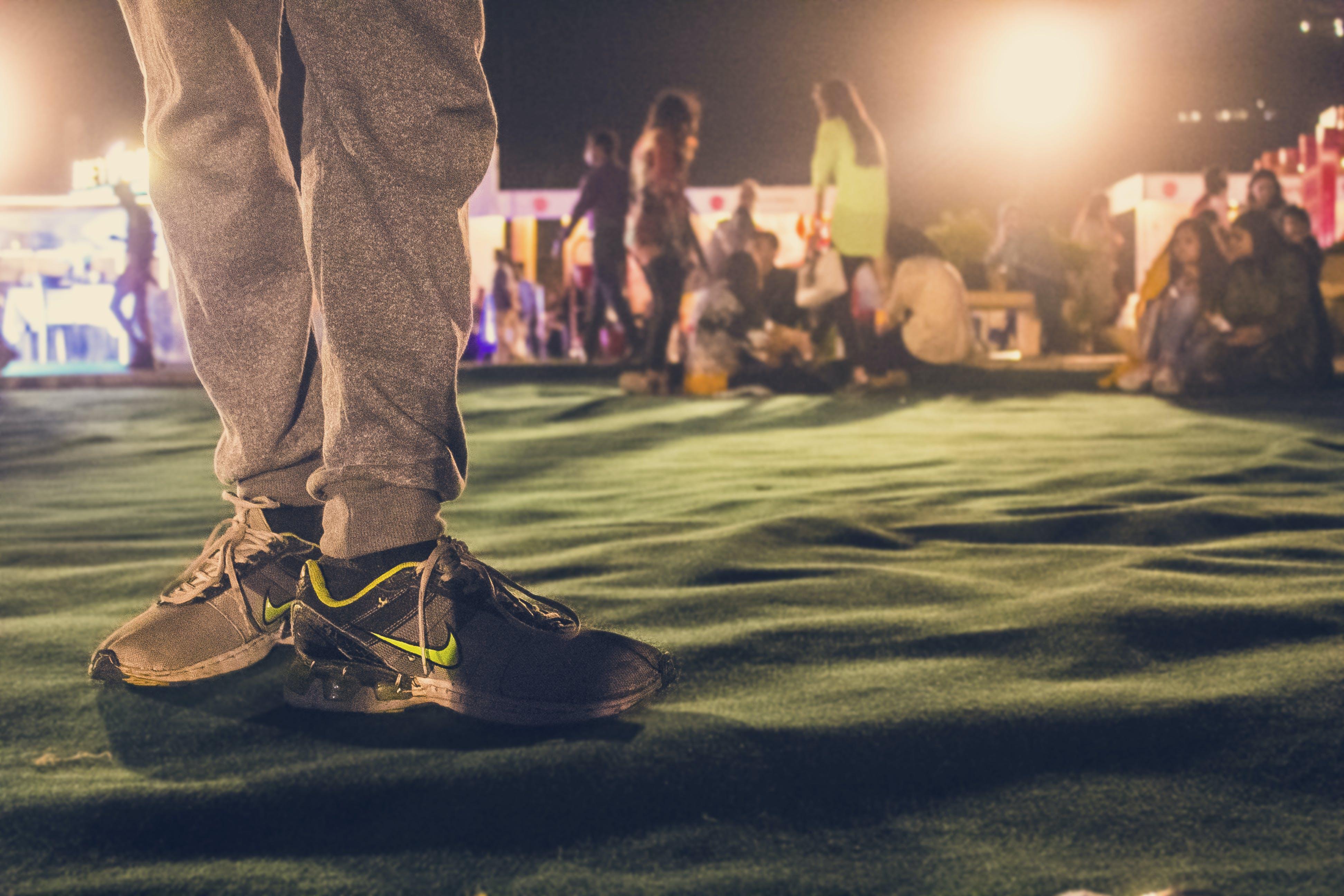 buty do biegania, dywan, festiwal