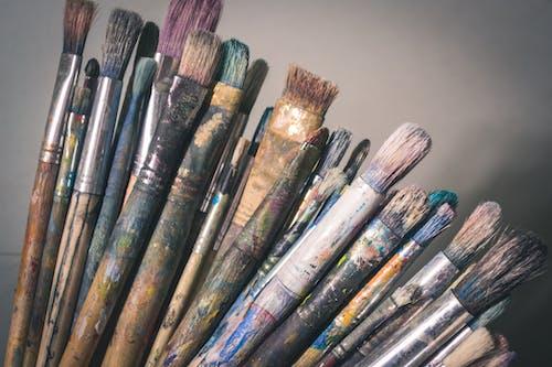 Immagine gratuita di assortito, colori, luminoso, pennelli