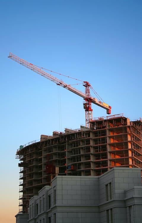 Tower Crane during Daytime