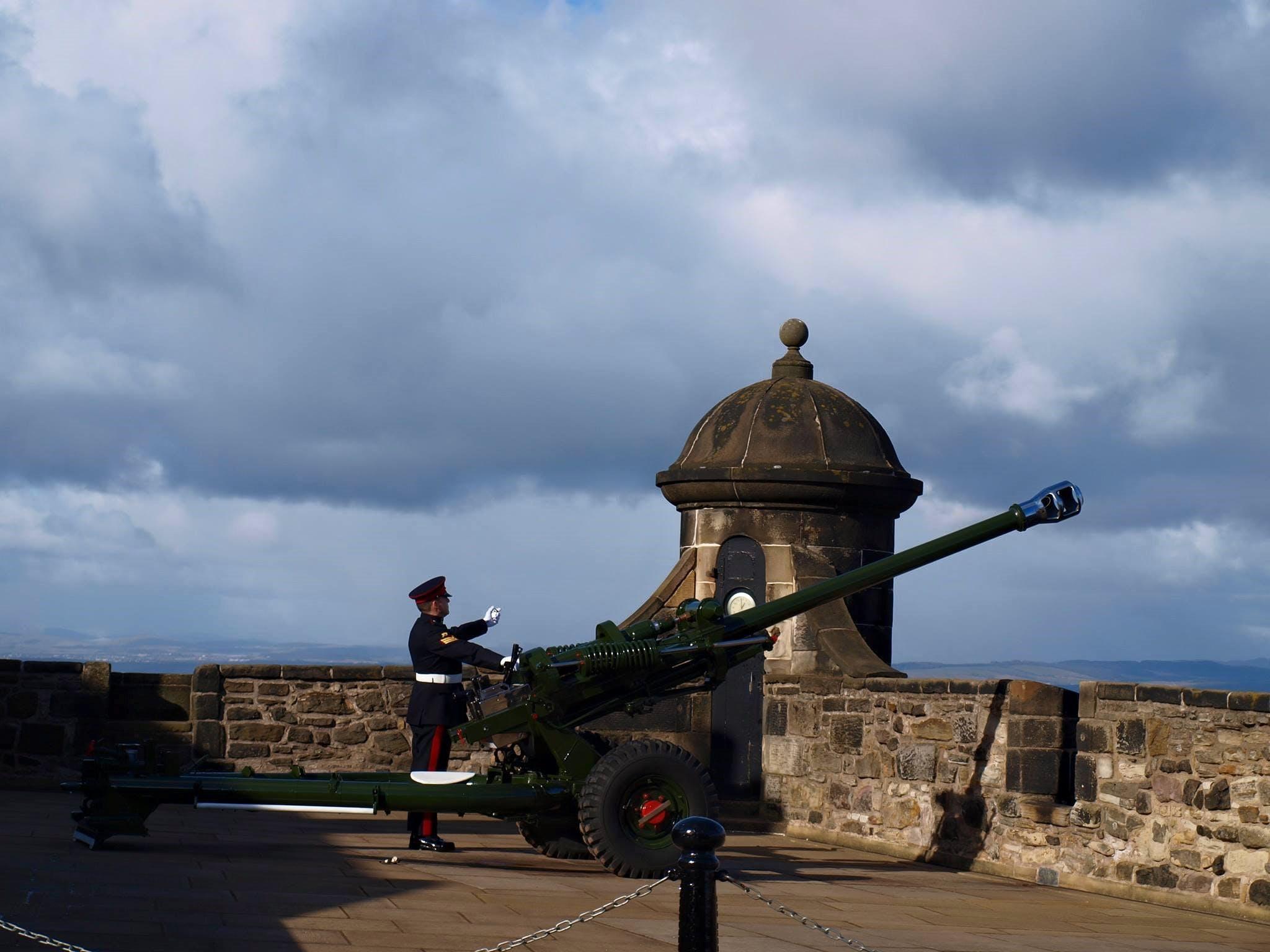 Foto d'estoc gratuïta de arma, armat, armes, arquitectura