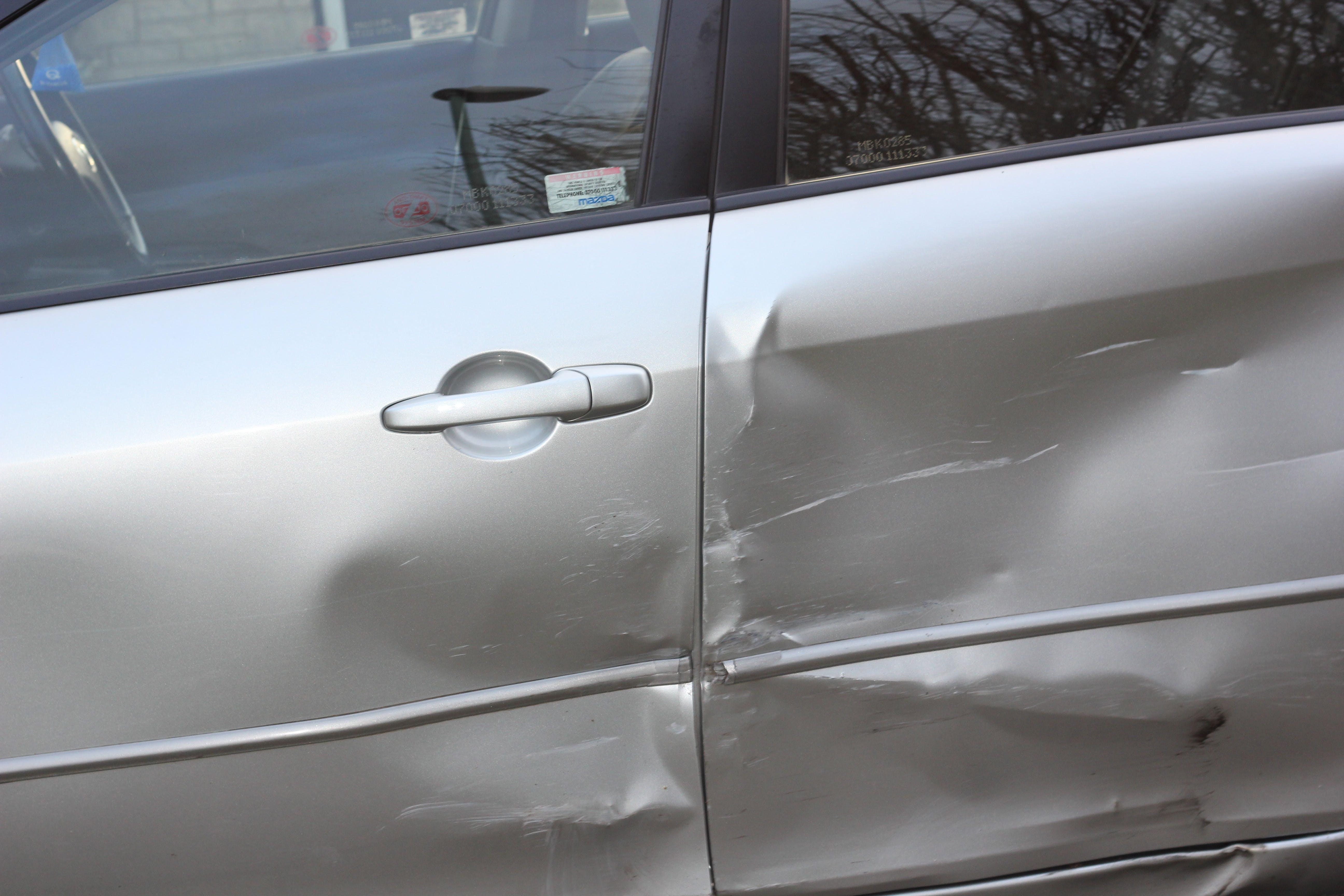 Kostenloses Stock Foto zu auto, unfall, absturz, vorfall