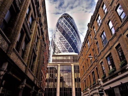 bakış açısı, binalar, bulutlar, bürolar içeren Ücretsiz stok fotoğraf