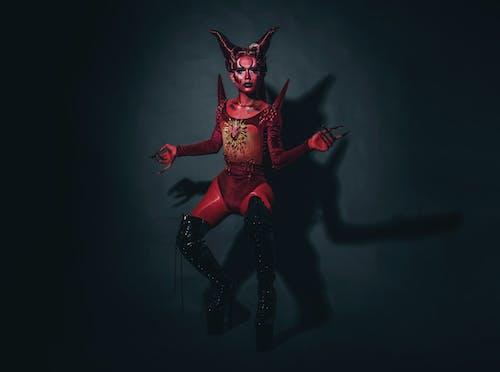 Foto profissional grátis de apresentação, arte, bailarino