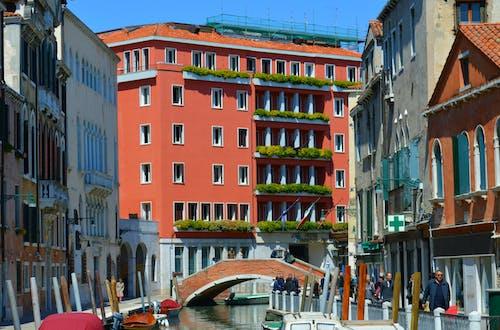 Základová fotografie zdarma na téma balkon, Benátky, čluny, hotel