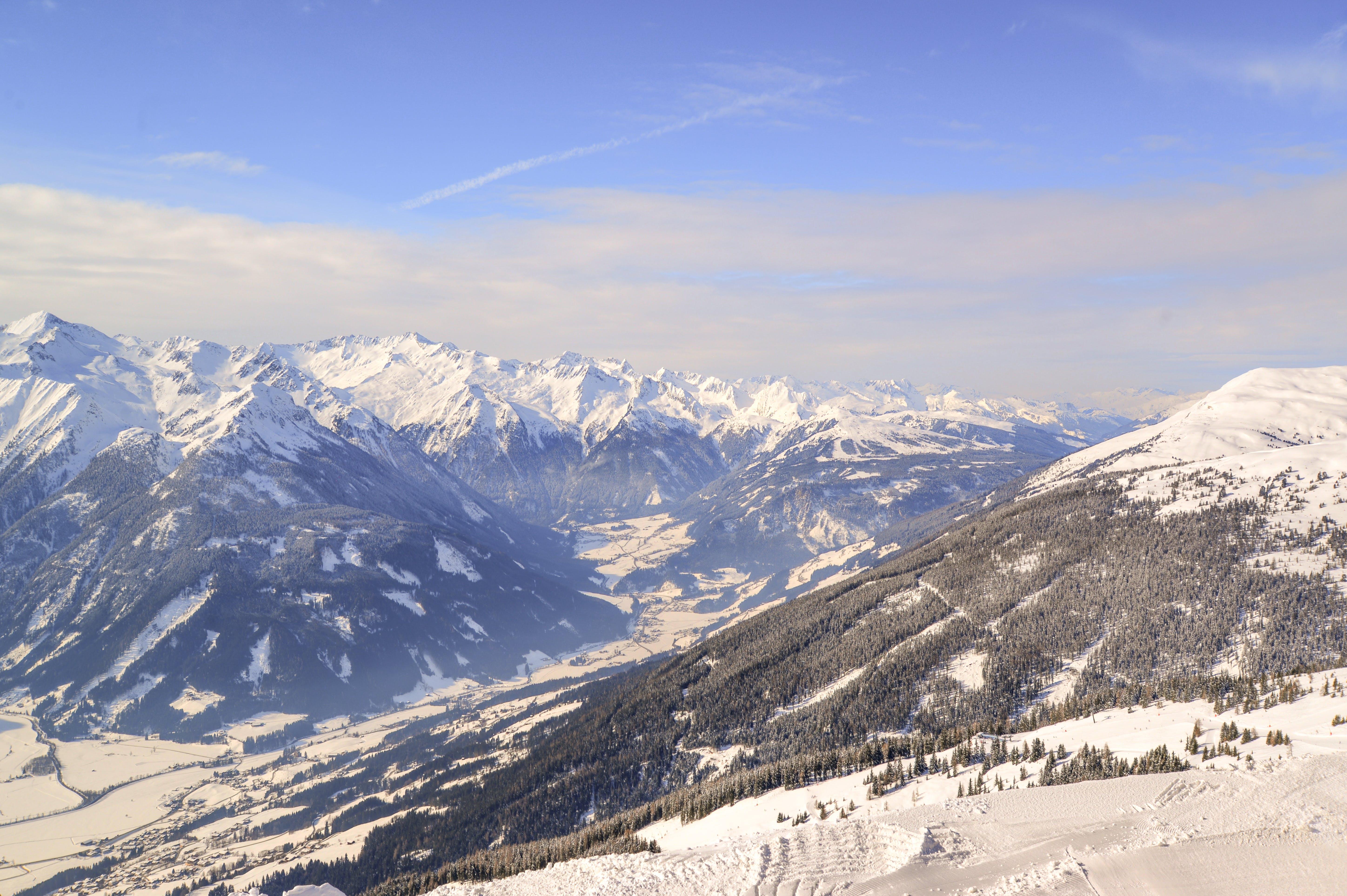 Kostenloses Stock Foto zu abenteuer, alpin, bäume, berge