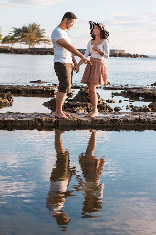 Free stock photo of #minimalist #minimalism #couplegoals #bestcouple