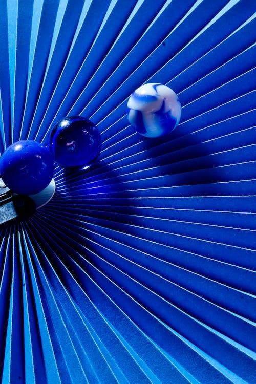 Foto stok gratis biru, kelereng