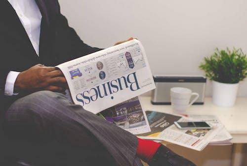 Kostenloses Stock Foto zu bankwesen, business, dokument, drinnen