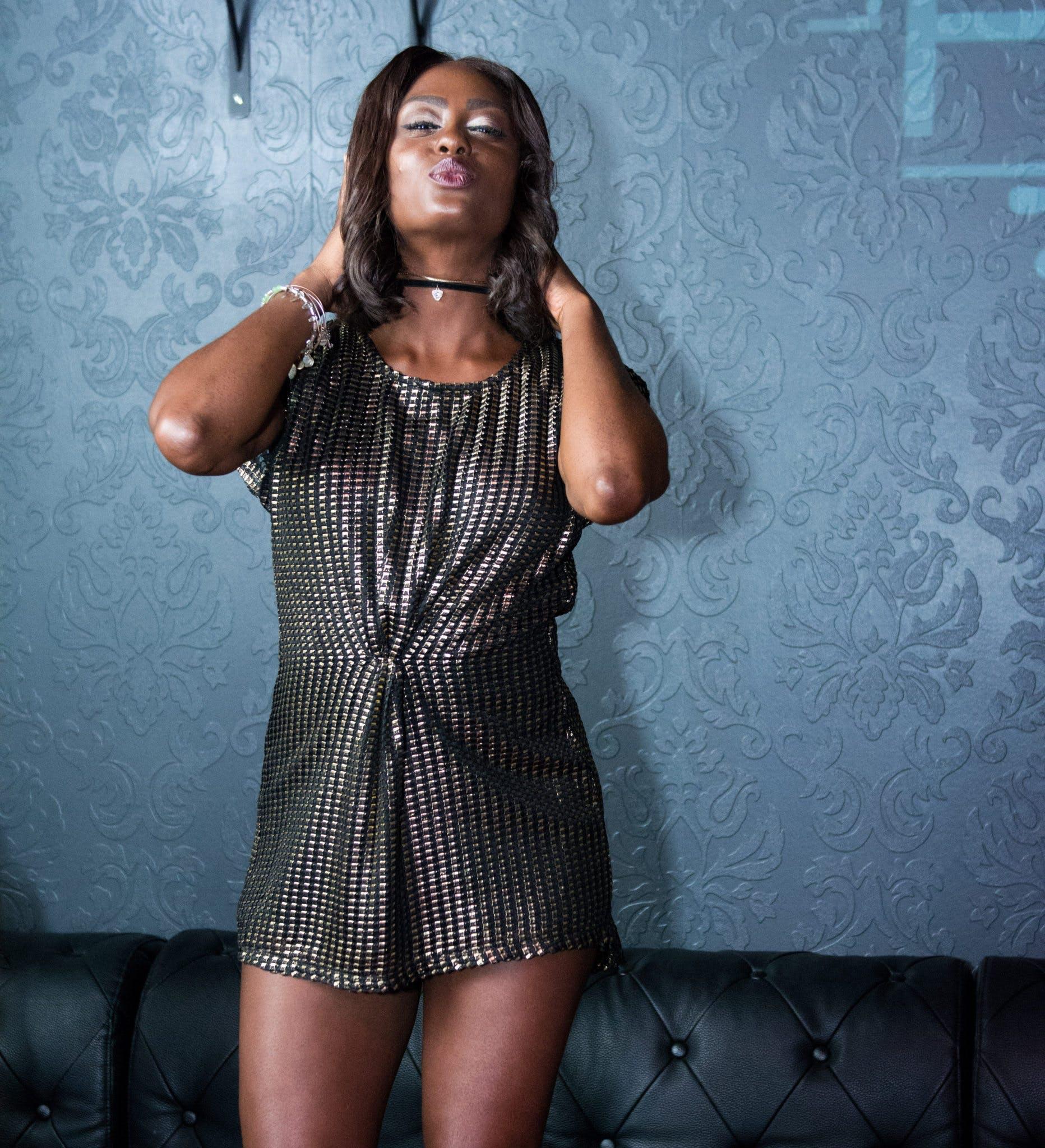 Kostenloses Stock Foto zu afroamerikaner-frau, attraktiv, dame, erwachsener