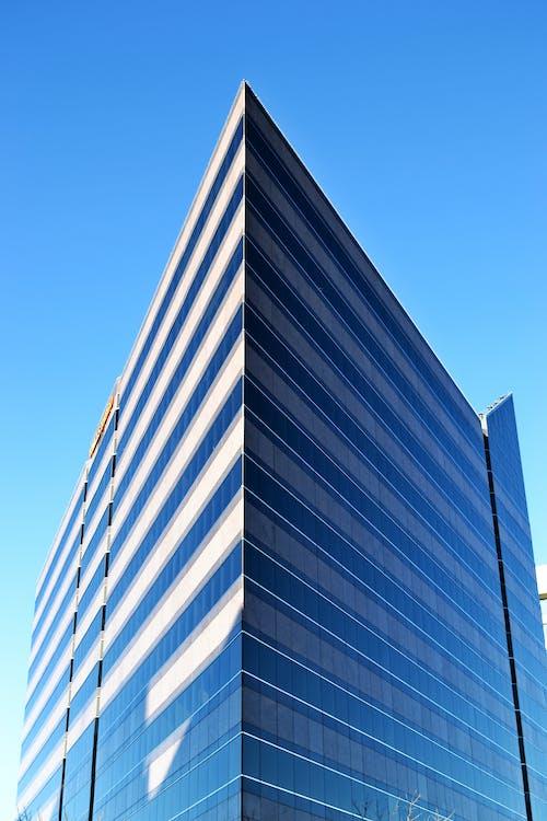 Kostnadsfri bild av arkitektur, blå himmel, byggnad, dagtid