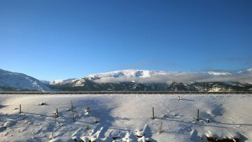dağ, dağlar, kar, kış içeren Ücretsiz stok fotoğraf