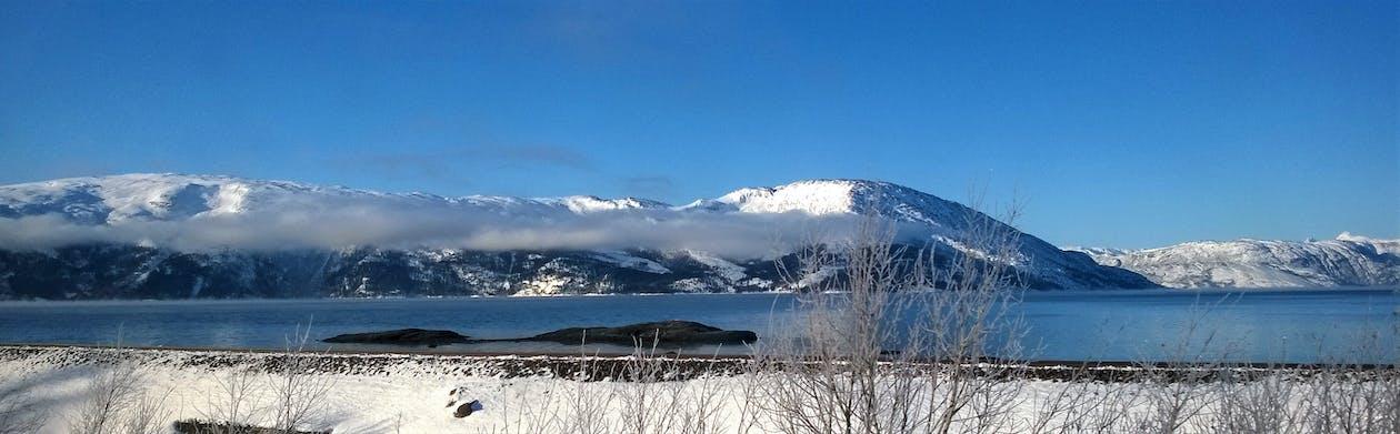 bjerge, bjergtinde, blå himmel