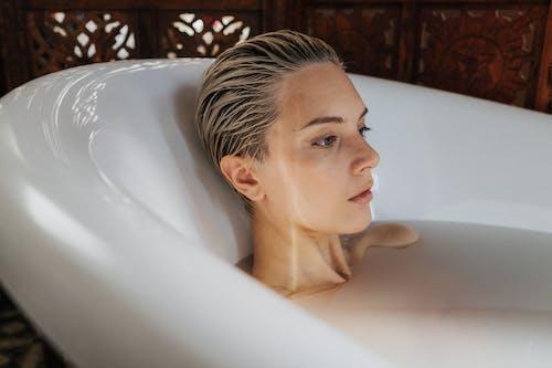 Foto profissional grátis de banheira, cobertura, cuidado