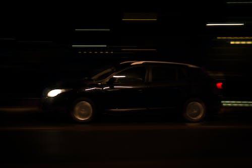 Kostenloses Stock Foto zu auto, beleuchtung, bewegen, fahren