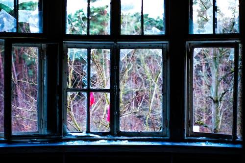 Darmowe zdjęcie z galerii z miejski, obszar miejski, okno, opuszczony
