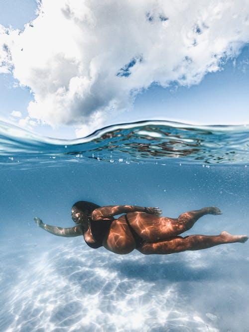 Fotos de stock gratuitas de adulto, agua, al aire libre