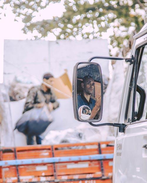 남자, 도시의, 반사의 무료 스톡 사진