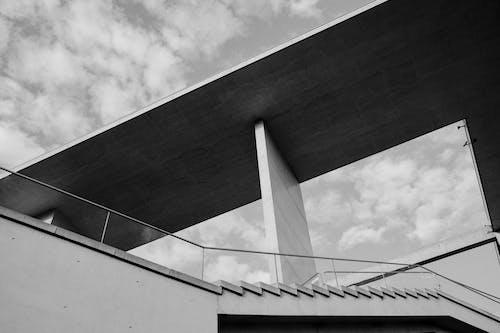 Kostenloses Stock Foto zu 20. jahrhundert, betonstruktur, chiaroscuro