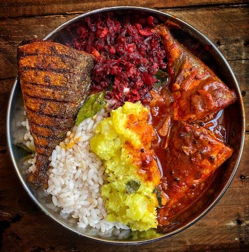 akşam yemeği, balık, balık yuvarlak kase içeren Ücretsiz stok fotoğraf