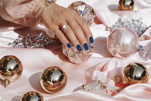 Fotos de stock gratuitas de adentro, anillo, azul