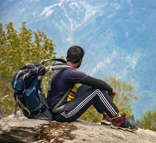 Foto profissional grátis de alpinismo, alpinista, alto, andarilho