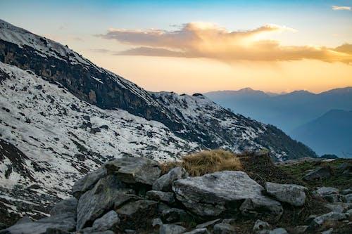 Immagine gratuita di altitudine, alto, catena montuosa, cielo