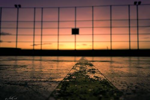 Immagine gratuita di cielo drammatico, colorato, sole mattutino