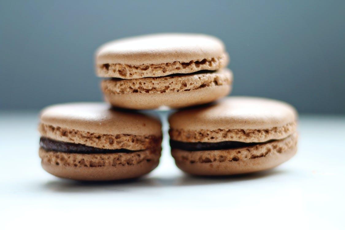 csendélet, csokoládé, csokoládé macaroons
